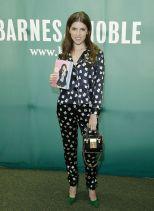 Anna Kendrick gettyimages- Fleur du Mal pajamas