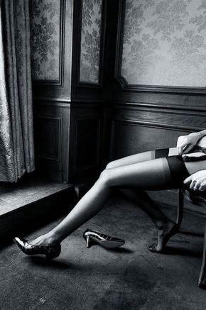 Jean Loup Sieff stockings and heels