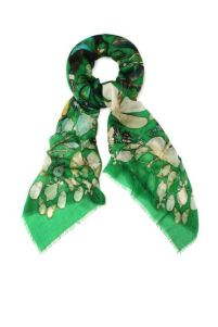 beetle-juice-insect-fashion-alexander-mcqueen-green-scarf
