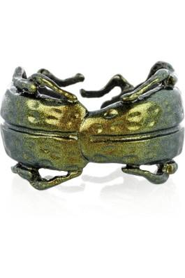 Bottega-Veneta-Sterling-silver-scarab-beetle-wrap-ring3