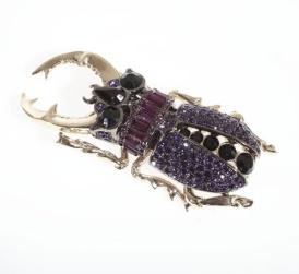 la_broche_scarab__e_de_roberto_cavalli beetle