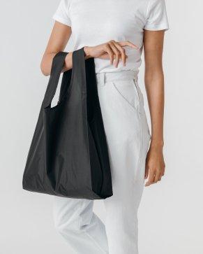 Standard BAG_BLack baggu model