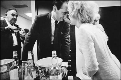 leonard-freed-new-york-city,-office-party,-1966 3