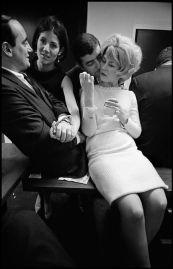 leonard-freed-new-york-city,-office-party,-1966 9