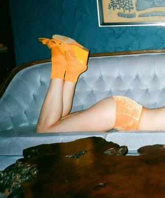 banner-upstairs-blueset-orange velvet underwear