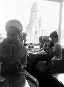 Ladies Who Lunch berlin-1950s