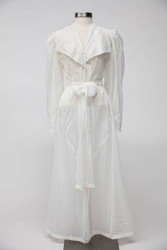 WW2 parachute robe WWII Museum