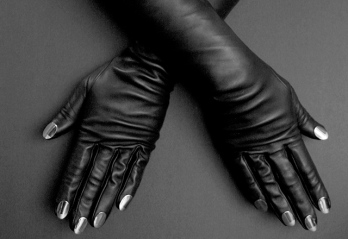 Causse Gantier ongles-desrues