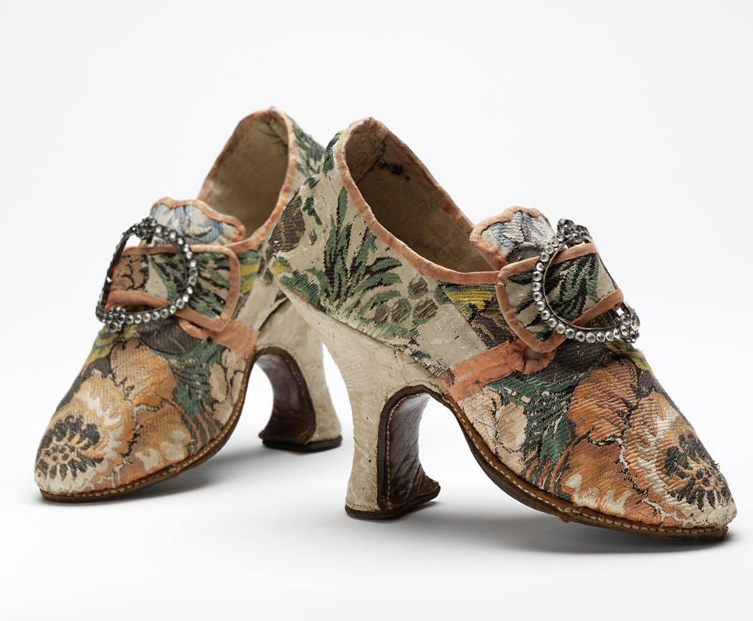 Pompadour Shoes 1750 V&A Museum