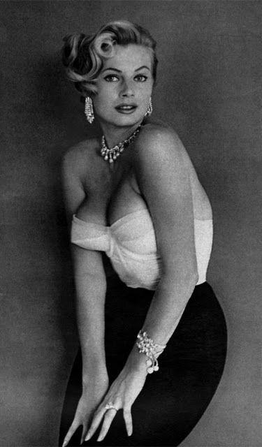 Anita Ekberg Bustier