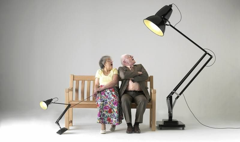 1227 giant floor lamp by Anglepoise is a triple sized lamp designed to celebrate the 70th birthday of Original 1227 lamp