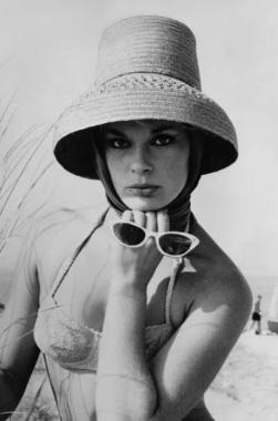 Cat Eye Elke Sommer 1961