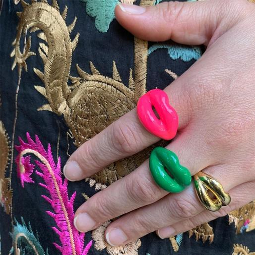 Solange neonpink-green-and-yellod-gold-Hotlips